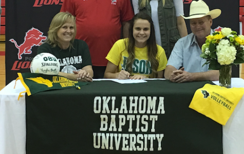 Kaylee Buell Signing